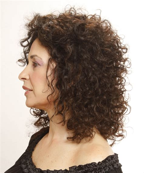 brunette curly hairstyles medium curly casual hairstyle medium brunette