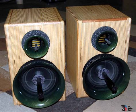 beautiful speakers grand teton from wavetouch audio the most beautiful
