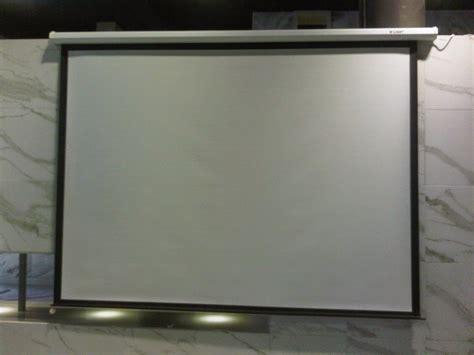 Proyektor Lengkap Dengan Layar jual layar manual layar projector wall tarik tangan gantung manual aneka layar projector
