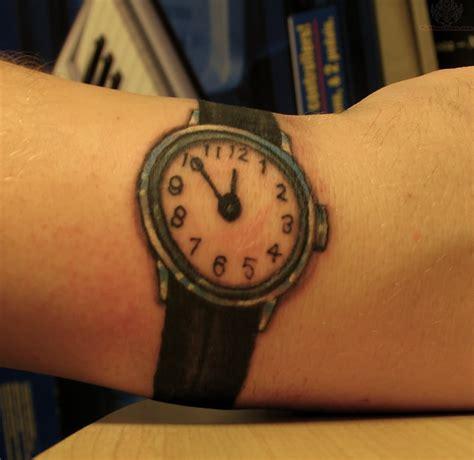 tattoo wrist watch 29 awesome clock wrist tattoos