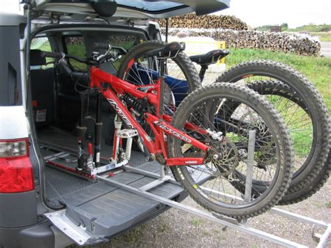 sqz at honda element tirror bike rack in
