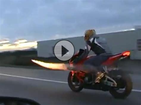 Motorrad Anmelden Und T V by Motorrad Raketen Basis Br 252 Ller F 252 R Silvester Unglaublich