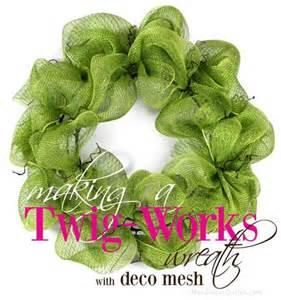 Twig works deco mesh wreath tutorial
