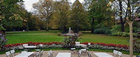 Britzer Garten Trauung by Schloss Britz Hochzeit Foto Top Berlin With Schloss Britz