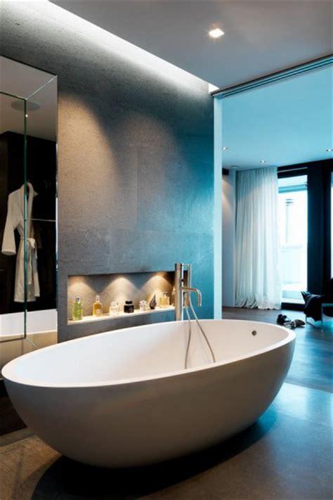 mailänder möbelmesse schlafzimmer und badezimmer kombiniert