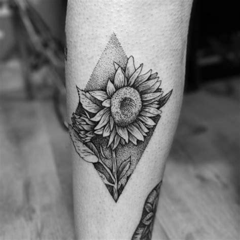 101 Feminine Flower Tattoo Designs For Women Black And White Flower Tattoos 2
