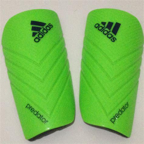 Sarung Tangan Futsal terjual peralatan olahraga adidas futsal soccer bola