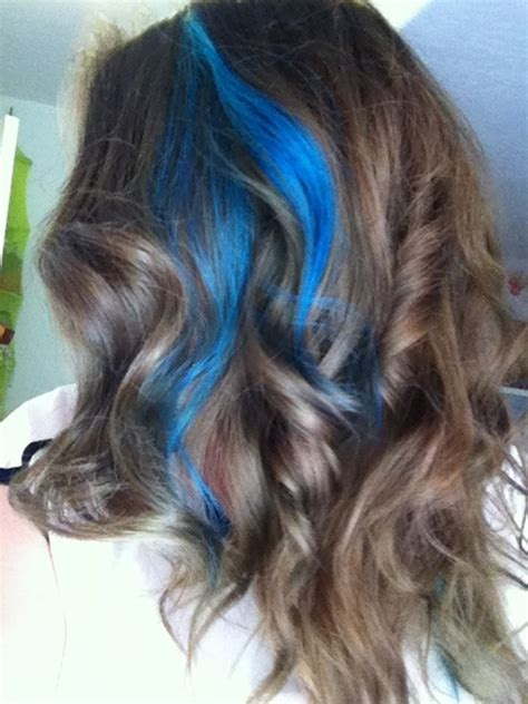 brown hair with blonde and blue highlights blue streaks with brown hair