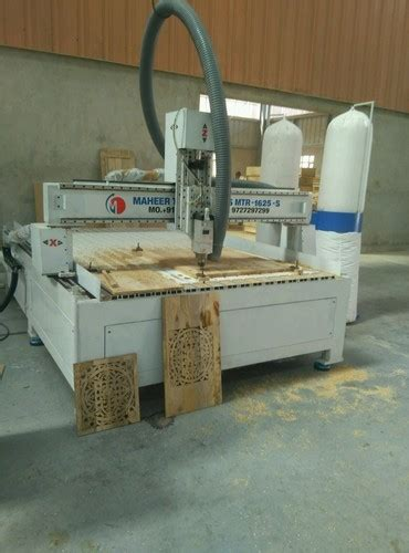 fully automatic cnc wood router cutting machine