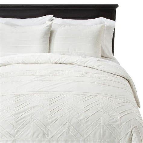 nate berkus comforters 25 best ideas about nate berkus bedding on pinterest