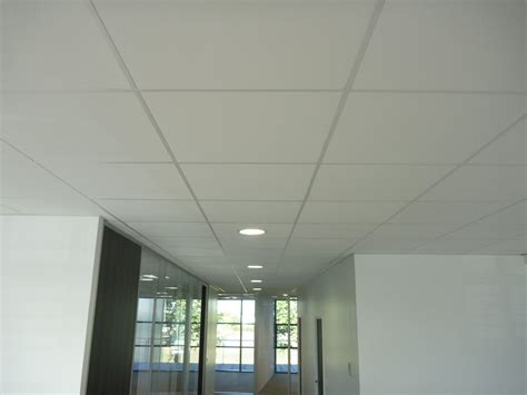 Installer Le Plafond by Installer Faux Plafond Fauxplafond Modeles With