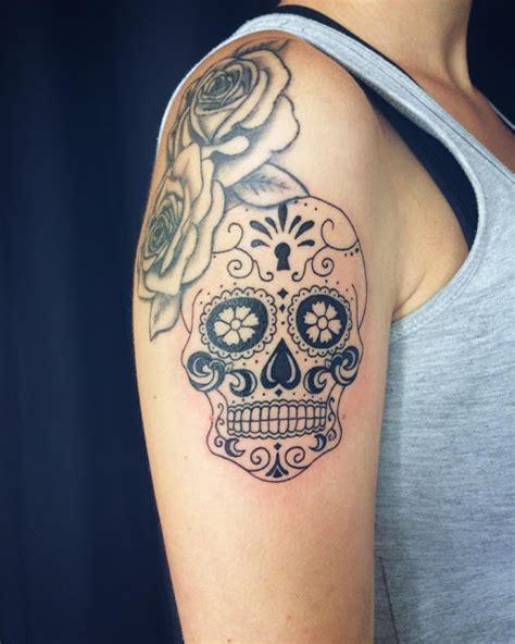 skull tattoo designs for women mytattooland skull ideas
