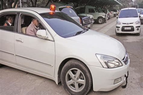 India West Bangal Modifikasi Car by West Bengal Officials Get Flags To Beat Beacon Ban