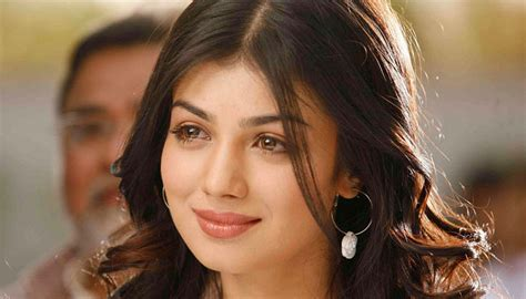 Ta Kia Ayesha Takia Doesn T Look Like This Anymore Has She