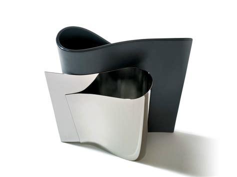 vasi alessi vaso in acciaio inox e li li by alessi design massimiliano