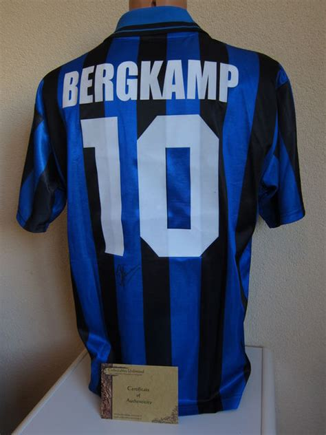 Kaos Inter Milan Inter Signature 2 dennis bergk ajax inter milan arsenal handsoem inter