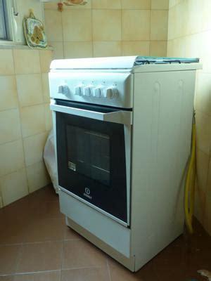 indesit cucine a gas cucina a gas indesit k6gsx 4 fuochi roma posot class