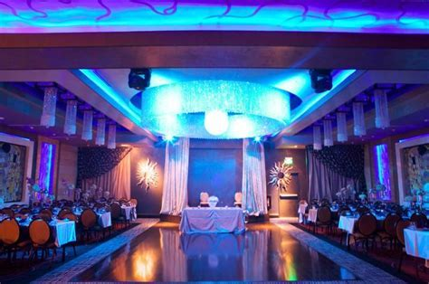Check out http://platinumbanquet.com/ for the best banquet