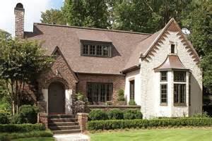 English Tudor House by Best 25 English Tudor Homes Ideas On Pinterest