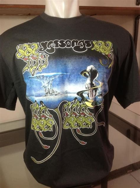 Kaos Custom Pink Floyd Side Of The Moon tshirt yessongs limiteeshirt store 0818220862