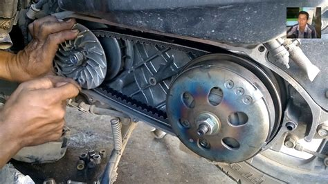 Cara Membuka Kunci Magnet Motor Vario cara mengganti v belt motor vario cara bongkar pasang v