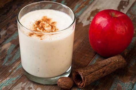 Apple Cinnamon Detox Smoothie by Cinnamon Apple Smoothie