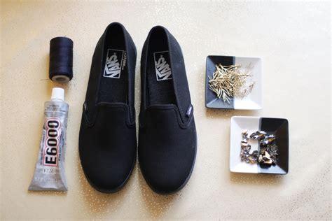 diy vans shoes of thrones inspired diy bedazzling your vans