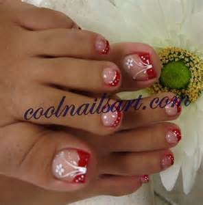 If you are a beginner at creating your own nail art for toenails you