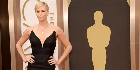 Iconic Gowns Set Stylish Tone For Oscars by 9 Most Expensive Jewelry Pieces Worn In The Carpet