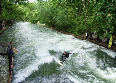 Englischer Garten Surfing by Surfer Bild Englischer Garten M 252 Nchen Tripadvisor