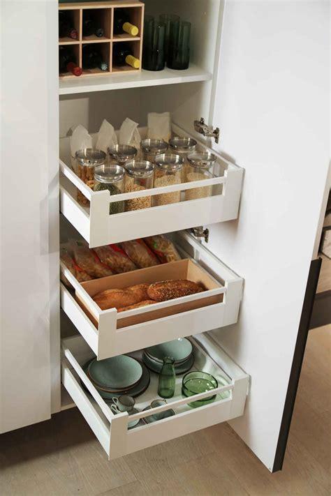 dispensa moderna per cucina cestoni e cassetti cucina accessori per cucine