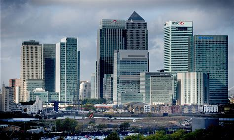 canary wharf canary wharf group directors to pocket 163 23m from qatari