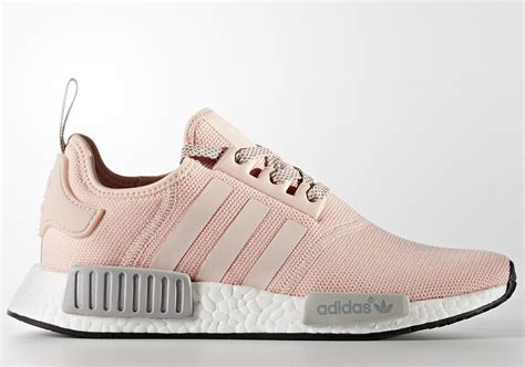 Adidas Nmd R1 Vapour Pink Light Onyx Grey 37 40 adidas nmd pink grey s release info sneakernews