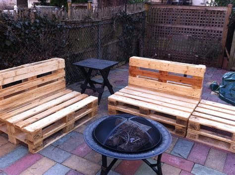patio chairs   pallets diy  plans