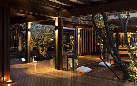 interni in legno pagano in legno di lusso