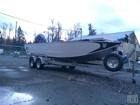 willie sled boats wrap divine marine