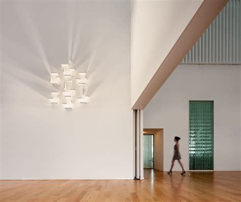 set wall light white by vibia