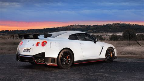 nissan gtr nismo wallpaper 2017 nissan gt r nismo wallpapers hd images wsupercars