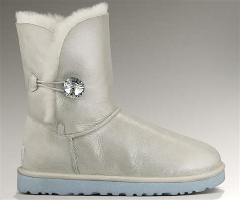Wedding Uggs by Ugg Australia Launches Quot I Do Quot Wedding Collection Bridalguide