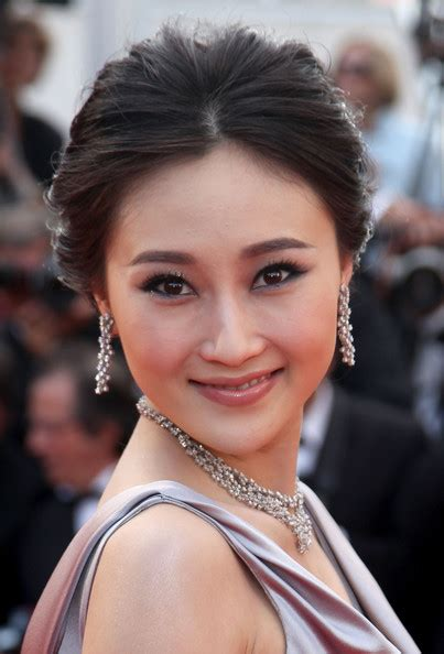 actress robin hood lin peng in quot robin hood quot premiere 63rd cannes film