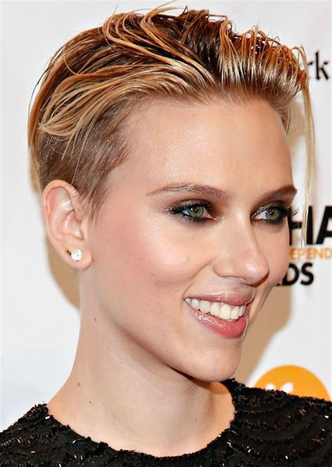 why scarlett johansson cut hair scarlett johansson s new short haircut