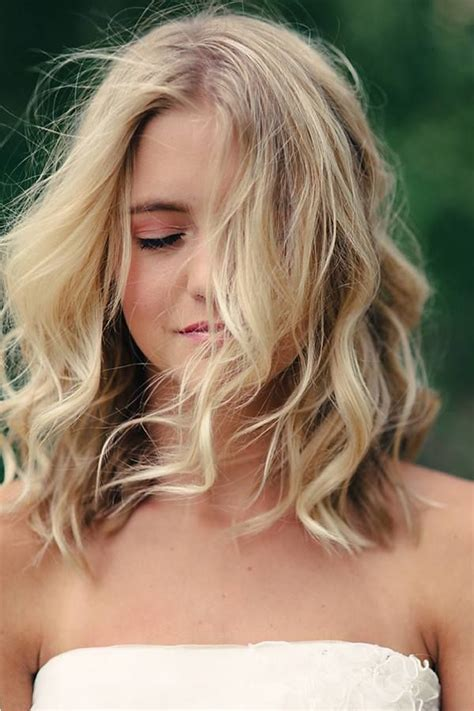Hairstyle Ideas For Medium Hair Best Hair Style Shoulder Length Waves On Oblong Shape Wand Curls And Shoulder Length Curls
