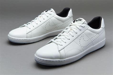 Harga Nike Tennis Classic sepatu sneakers nike tennis classic ultra leather white