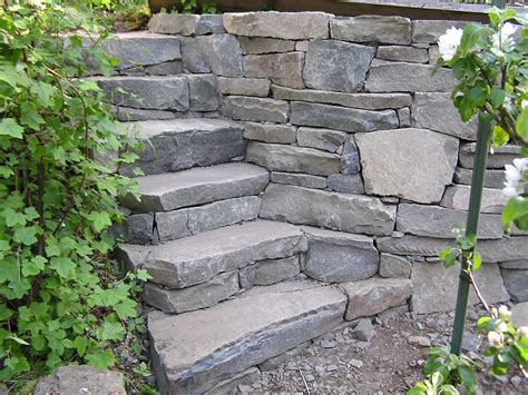 Garden Rock Wall Pare Drystack Stairs And Garden Wall Cedar