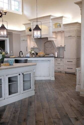 Rustic White Kitchen Cabinets by 25 Best Ideas About Rustic White Kitchens On