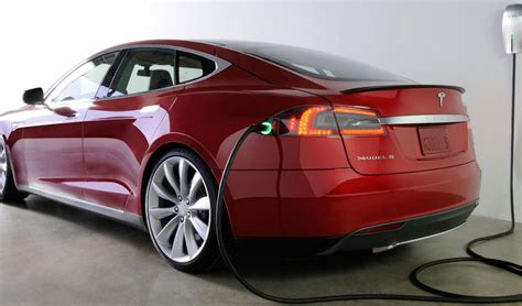 Tesla Powered Car Soon Tesla Cars Could Power The Grid And Our Homes