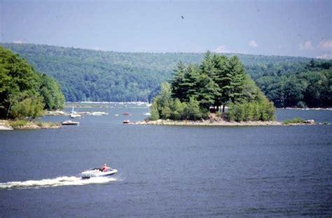 poconos boat rentals poconos attractions and pocono activity guide skiing