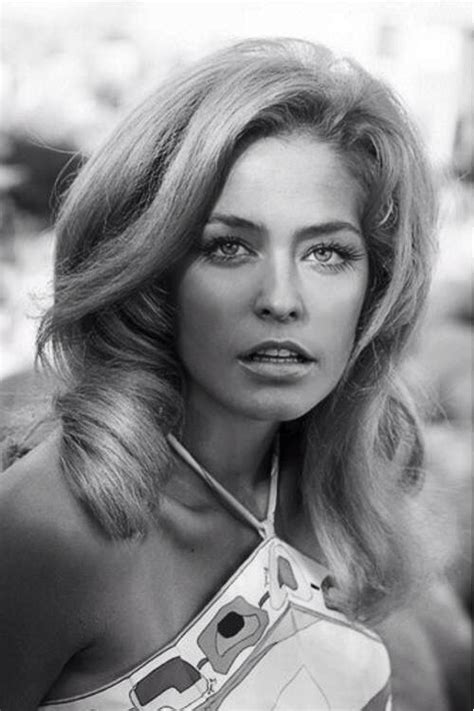 farrah fawcetts face shape farrah fawcett young google search t v pinterest