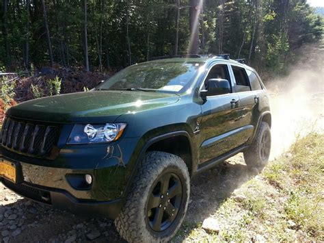 jeep grand cherokee wk2 lifted lifted 2011 jeep grand wk2 hemi offroad w jk silverado