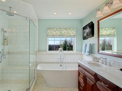 Hgtv Bathroom Makeover by Master Bathroom Makeover With Luxurious Tub Joan Suzio